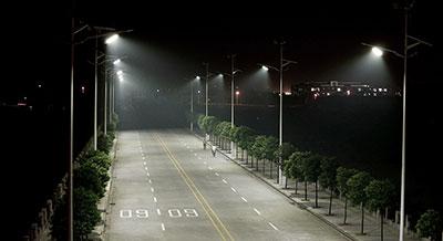 太阳能路灯应该怎么选?看这4点就足够了!